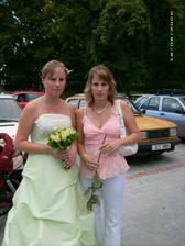 nevěsta se sestřičkou - dvojčetem