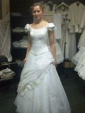 moje šaty na mně.. :-)