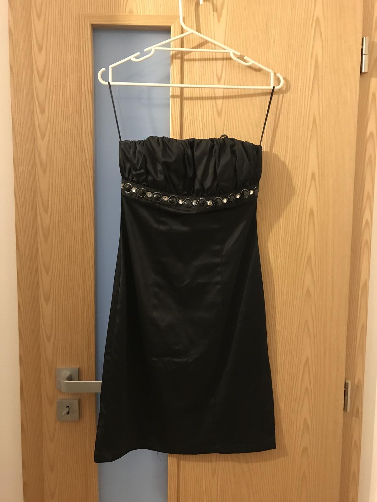 Krátke šaty s/bez ramienok - Obrázok č. 1