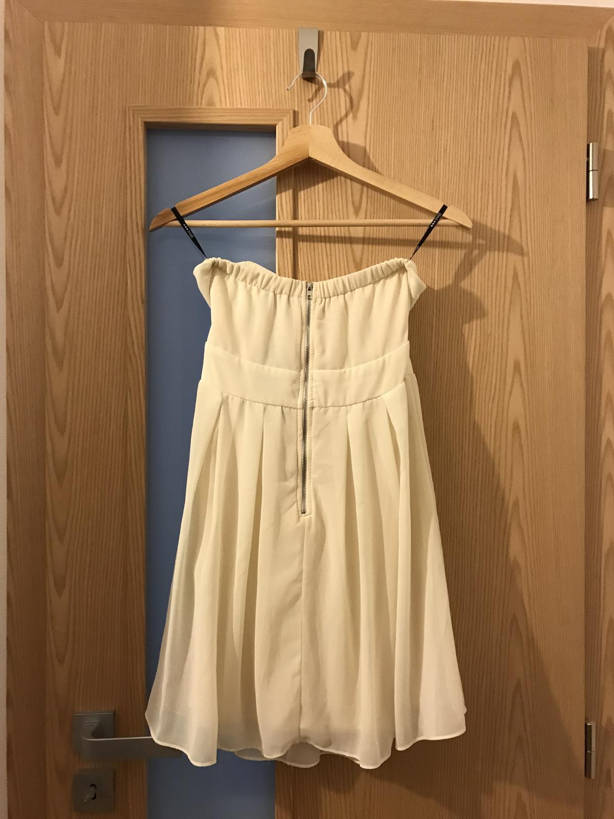 Krátke šaty bez ramienok - Obrázok č. 3