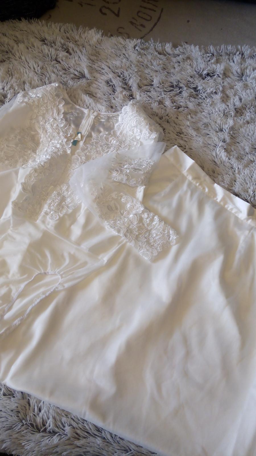 Svatební šaty s krajkovým body - Obrázek č. 1