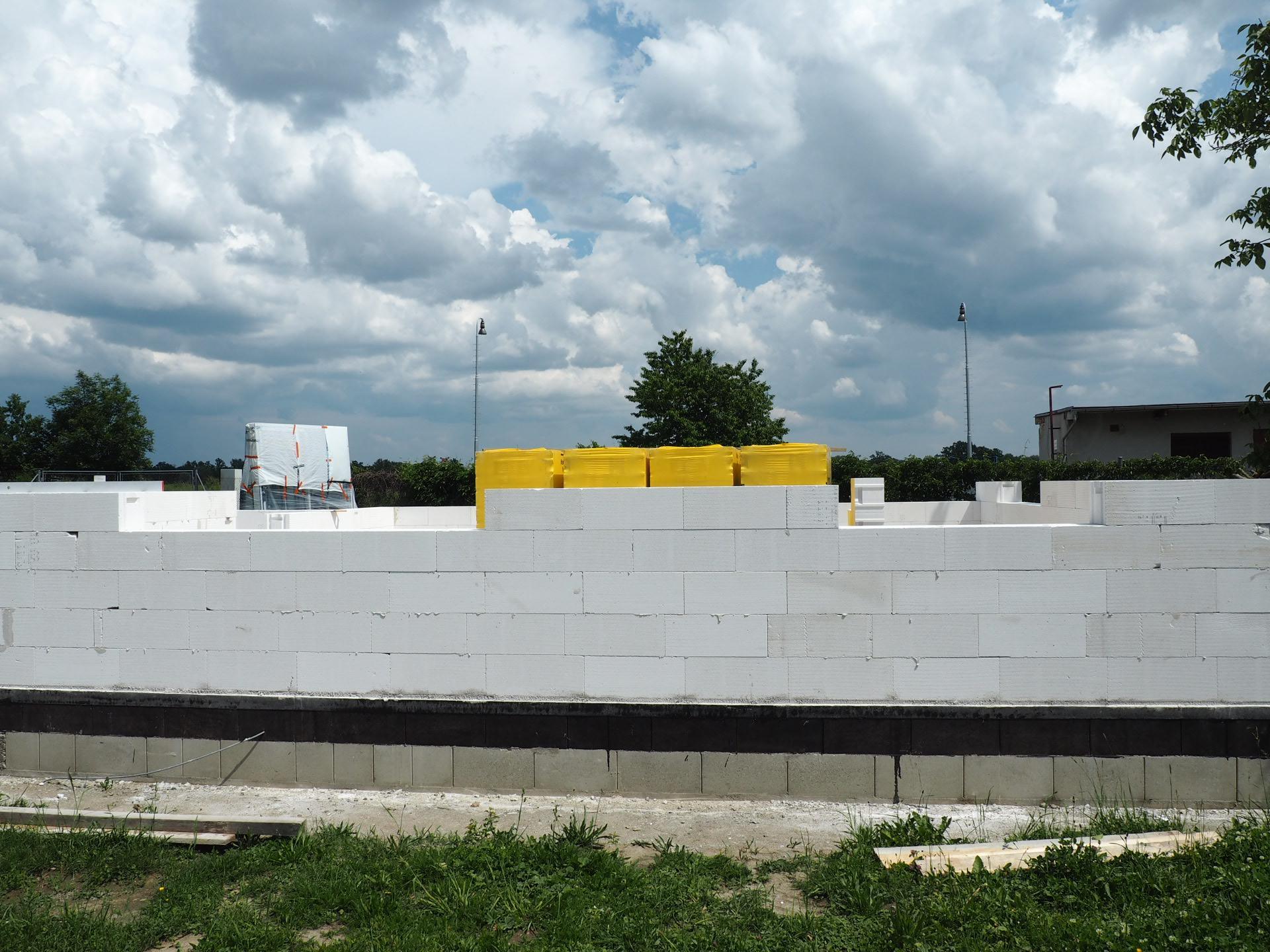 Dům do L - stavba 2020/2021 - Obrázek č. 26