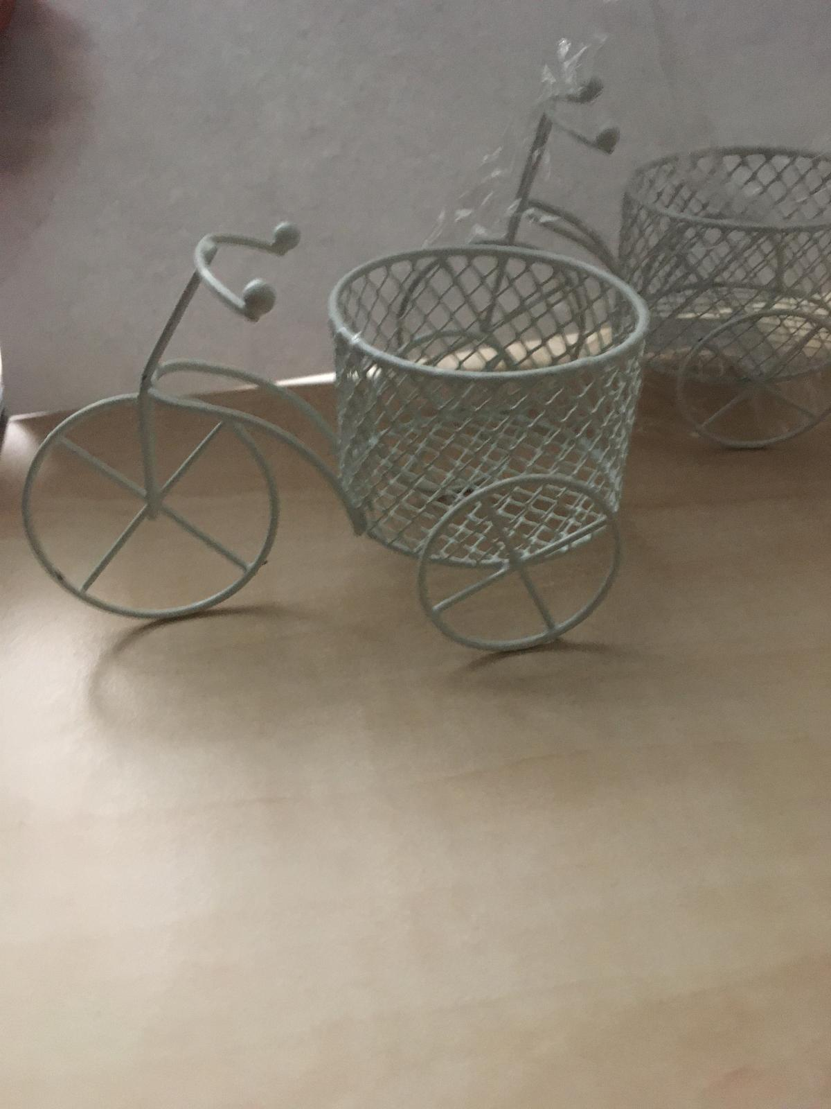 Stojany v tvare bike - Obrázok č. 1