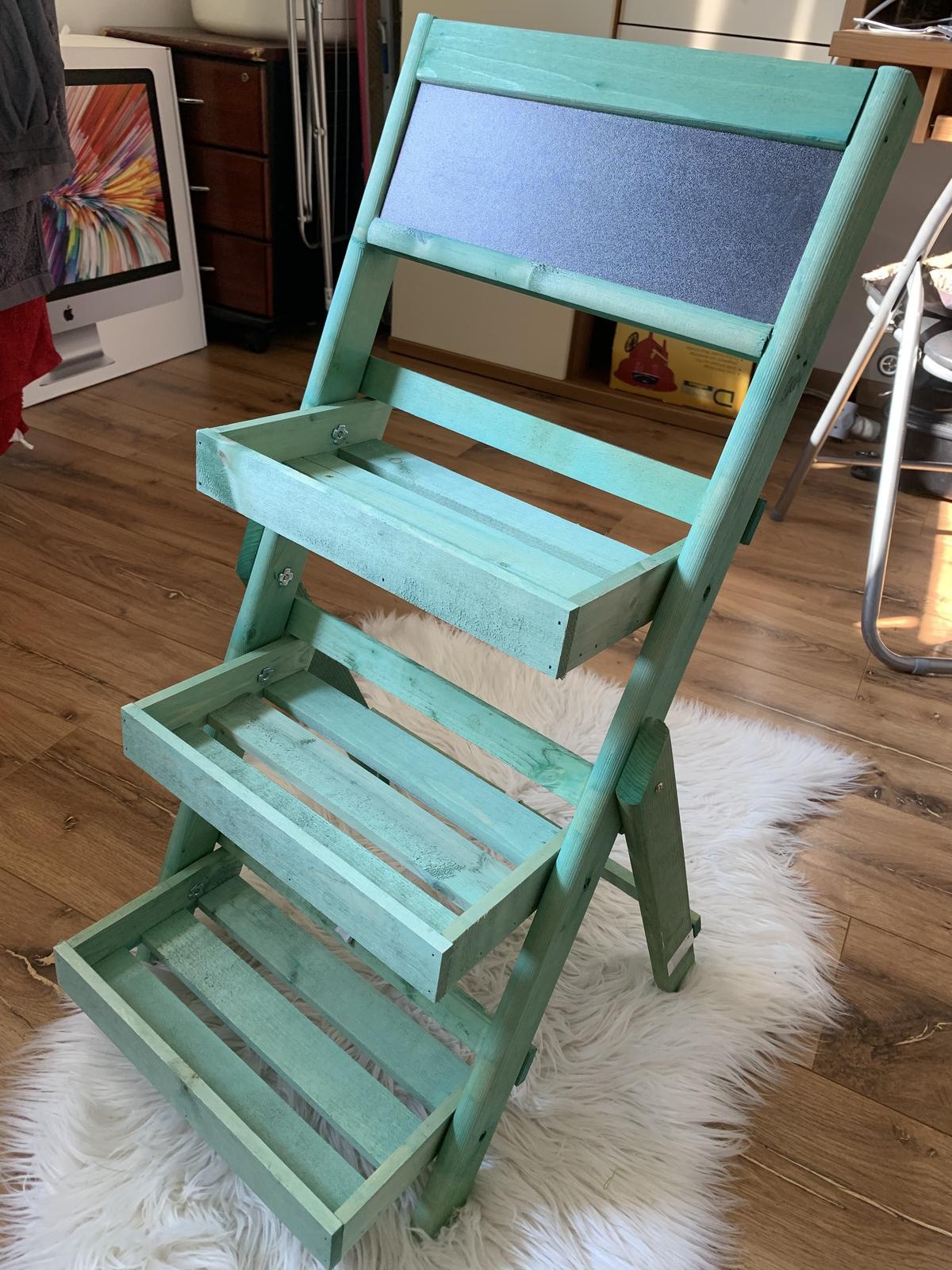 Čo už máme :) - pribudol nám aj dekoračný rebrík do fotokútika :)