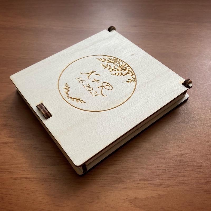 Dřevěné krabičky a podnosy na prstýnky - Obrázek č. 7