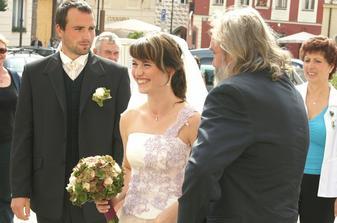 manžel a taťka nevěřícně koukají čmu se tak řehtám :-)))))