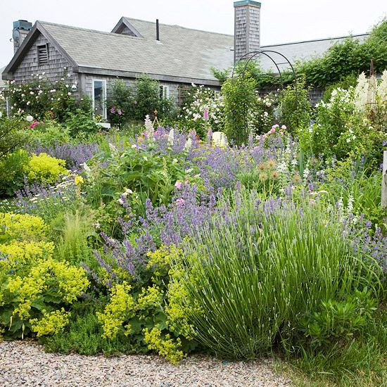 Zahrada - inspirace - kontryhel, šanta, levandule
