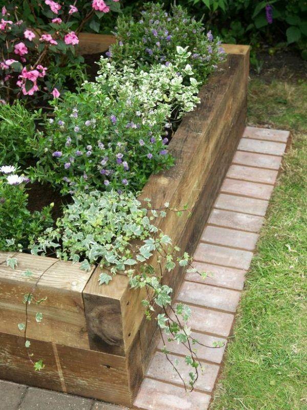 Zahrada - inspirace - moc pěkné spojení dřeva a cihel