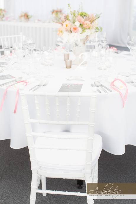 Biele chiavari stoličky na prenájom - Obrázok č. 1