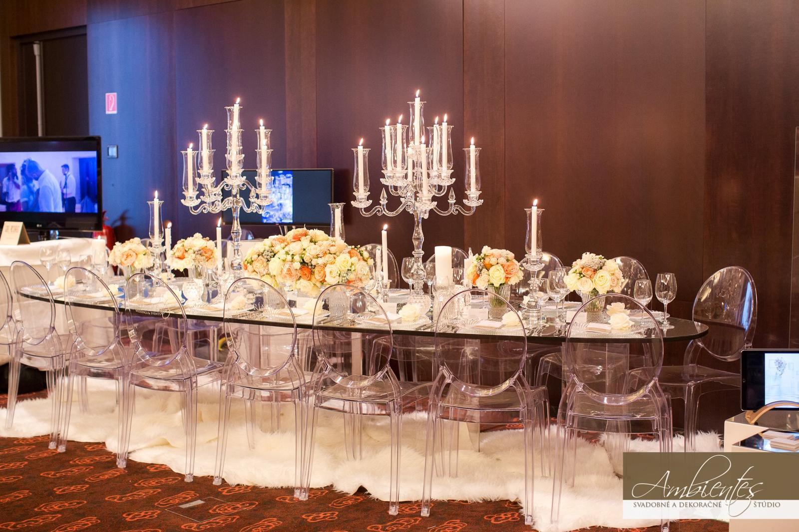 Elipsové stoly so zrkadlom - Obrázok č. 1
