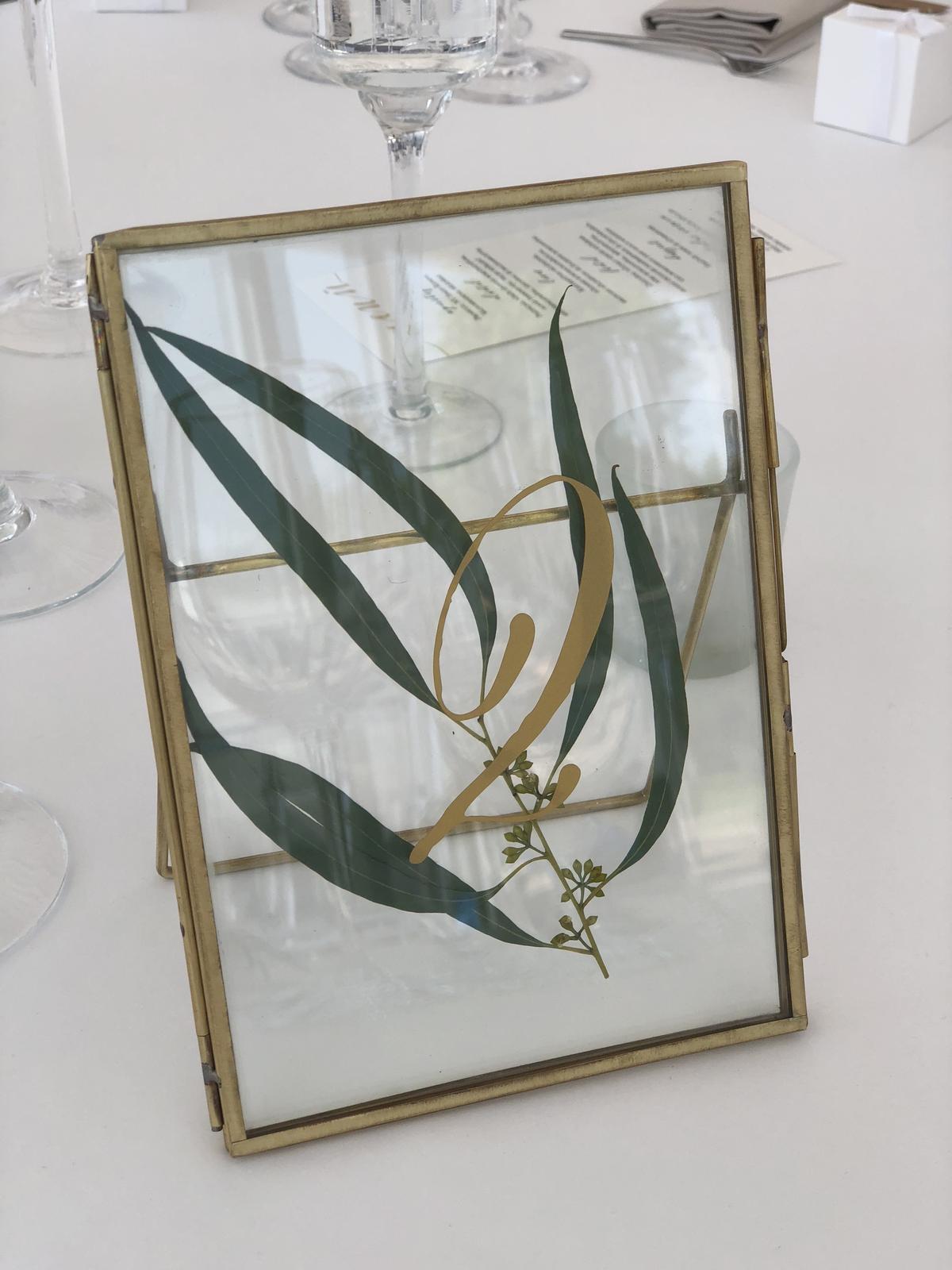 Mosadzné rámiky so zlatým číslom - Obrázok č. 1
