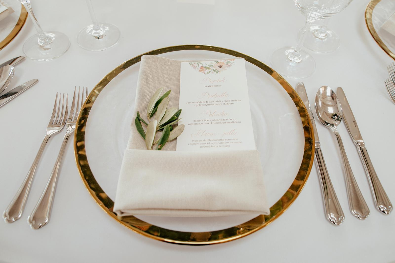 Luxusné klubové taniere so zlatým lemom - Obrázok č. 2