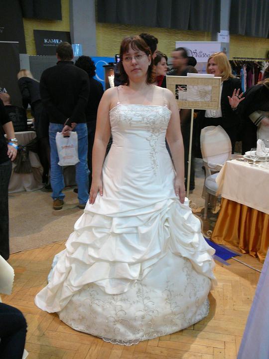 Šaty - Obrázok č. 8