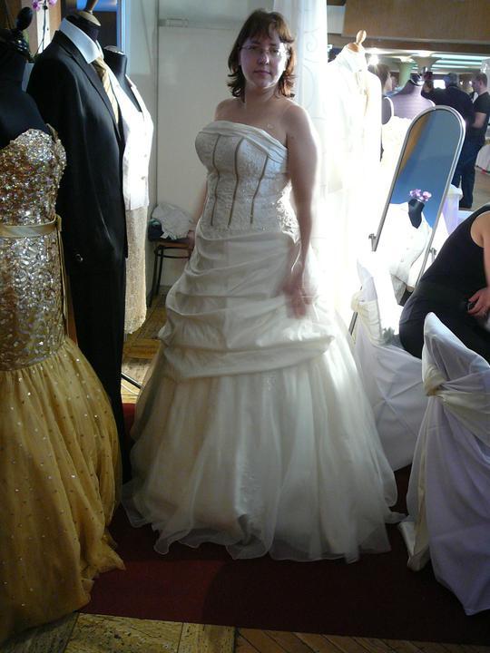 Šaty - Obrázok č. 17