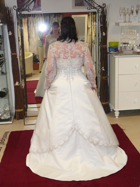 Šaty - Obrázok č. 24