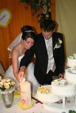 Zapalujeme svadobnu sviecu...