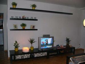 obývák, ještě dodělat dekoraci, po výplatě :-)))