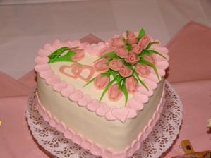 Svadobna torta-srdce