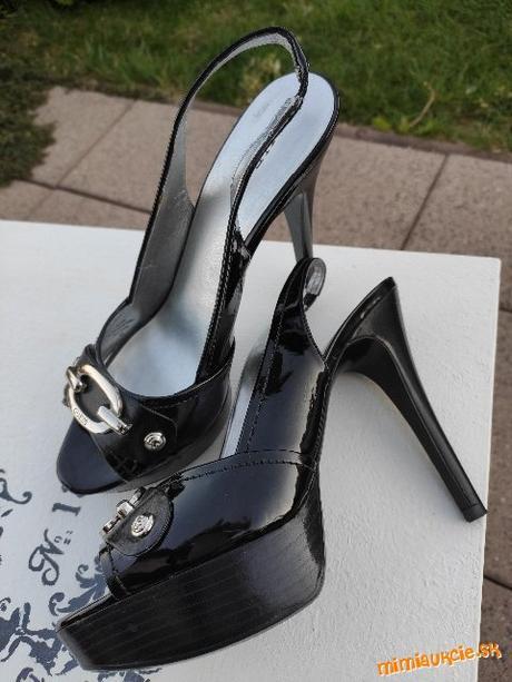 GUESS sandálky, veľ. 39, vn. dĺžka 26 cm - Obrázok č. 4