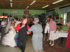 tancovali úplně všichni