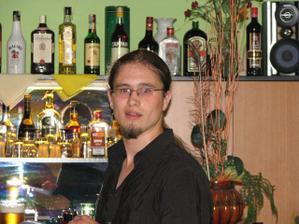 můj brácha a jeho bar