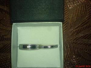 Nase prstienky-biele zlato s diamantom