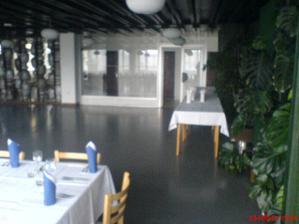 Miesto nasho vchodu na hostinu