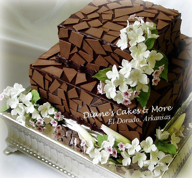 Podobny dort bude pro pritelovo rodice maji v den nasi svatby 33 vyroci svatby.