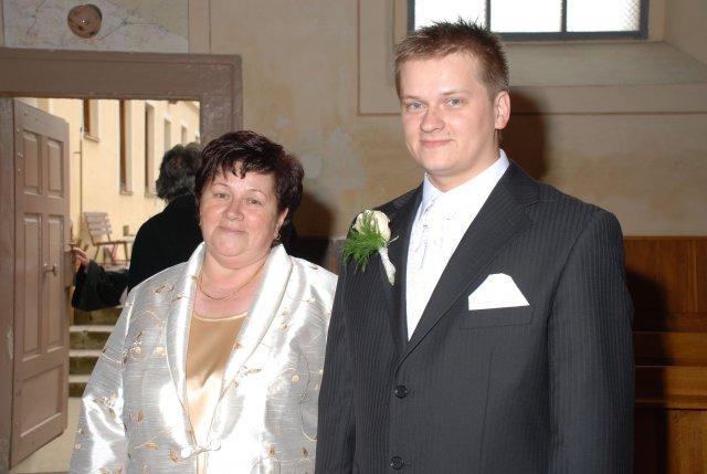 Katarína Krchnavá{{_AND_}}Marián Vach - mladý pán s mamkou