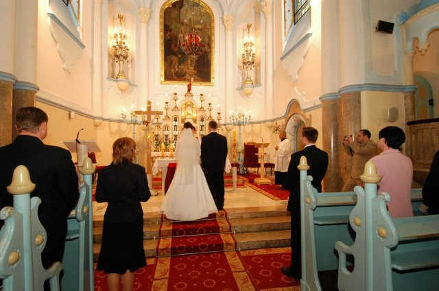 Eva Nováková{{_AND_}}Marek Klobušník - obrad v kostole 1