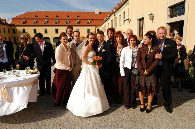 Eva Nováková{{_AND_}}Marek Klobušník - svadobní hostia 1