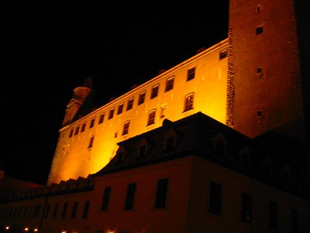 Eva Nováková{{_AND_}}Marek Klobušník - hrad v noci