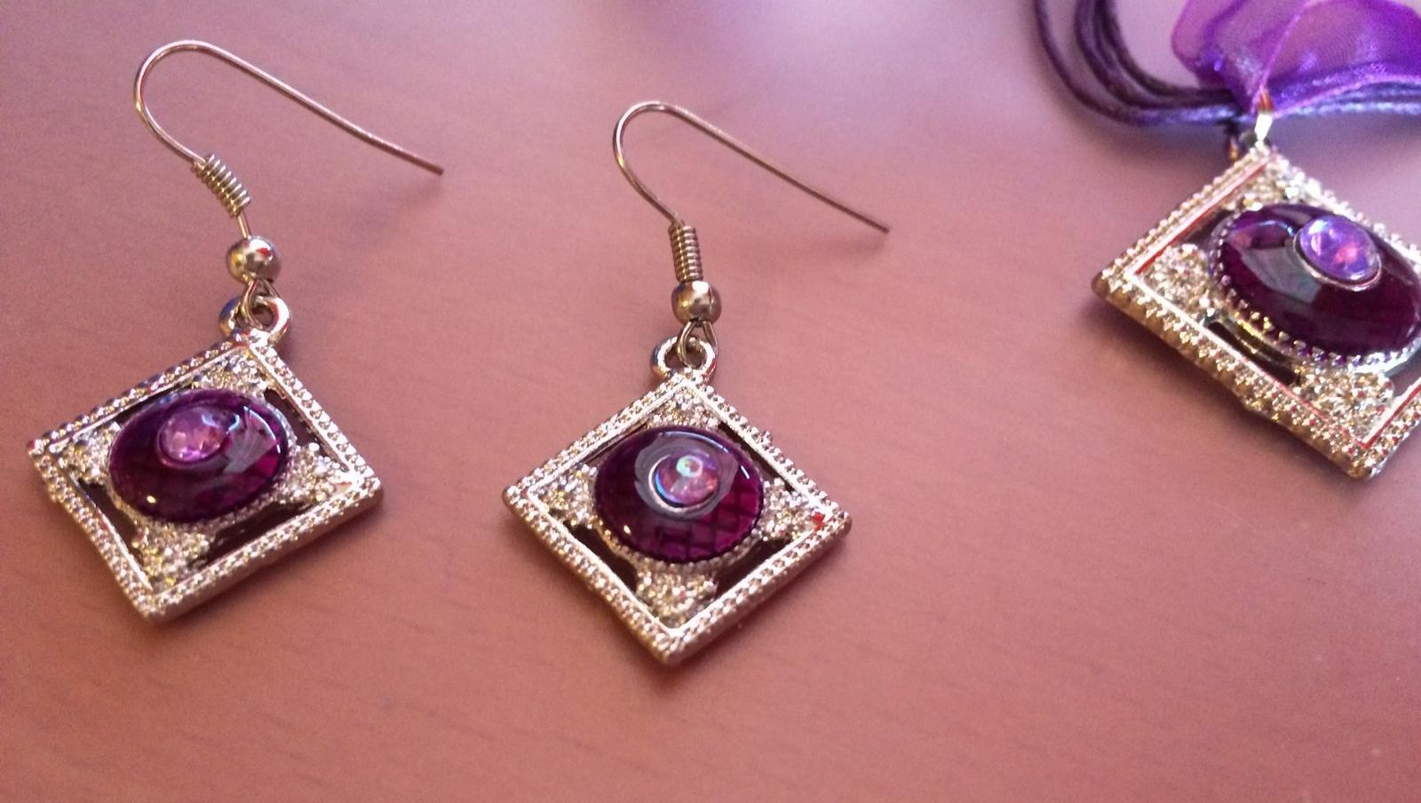 Set Náušnic a náhrdelníku - Obrázok č. 2