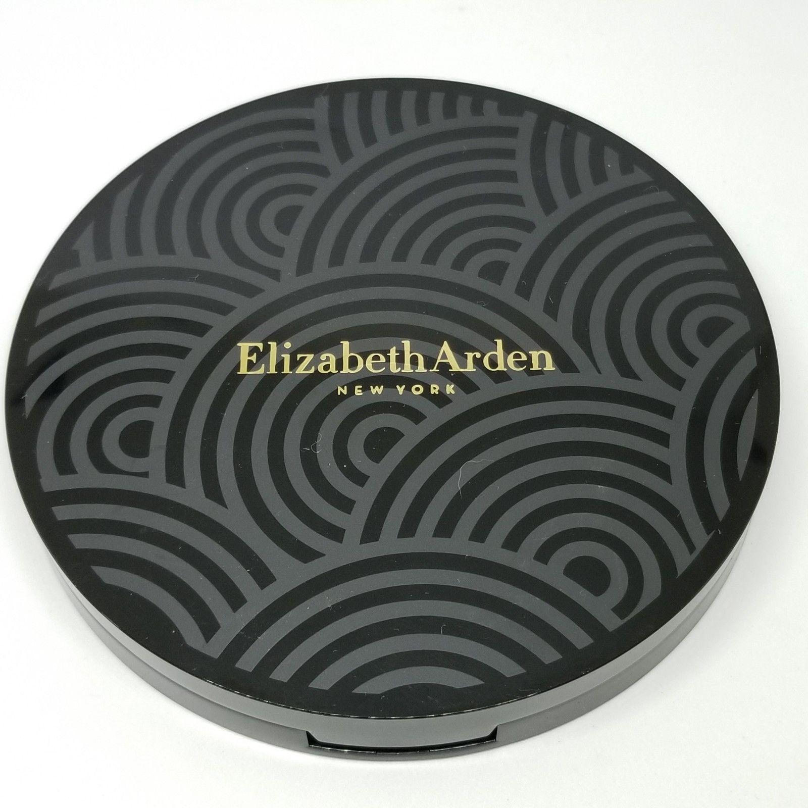 paleta 16 očných tieňov Elizabeth Arden - Obrázok č. 3