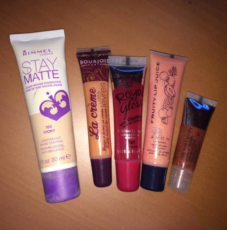 4 rúže + make-up Rimmel - Obrázok č. 1