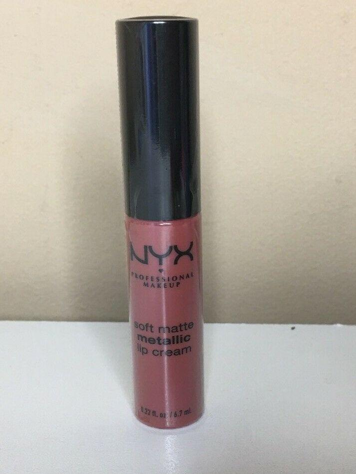 NYX Soft matte metallic lip cream - Obrázok č. 1