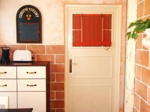Renovace starých umakartových dveří z garáže.