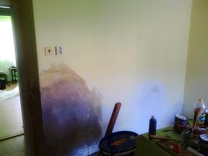 Druhá strana... ta odpadávající stěna nám dala hodně zabrat!