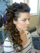 tento urcite len vlasy pojdu dozadu :-)