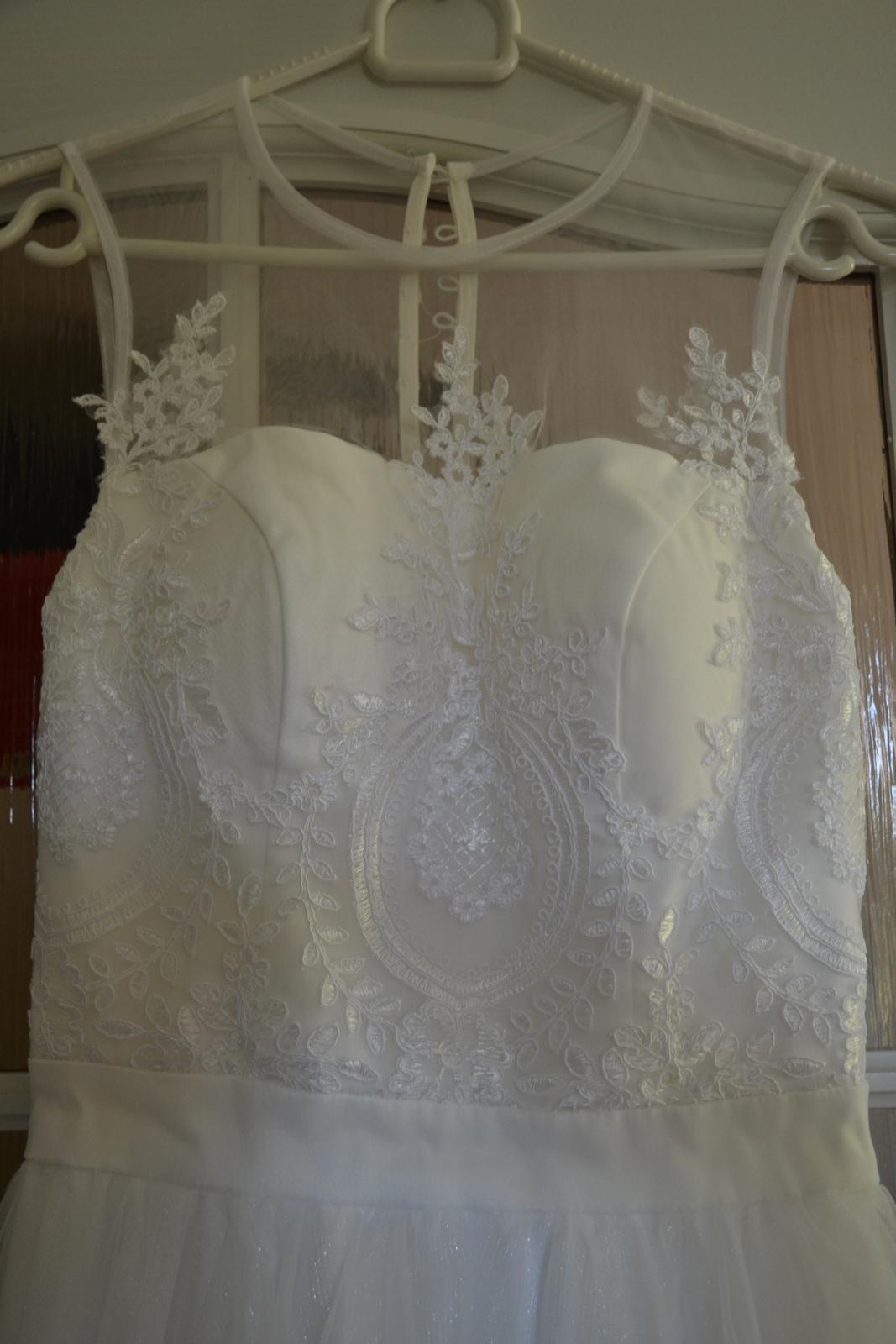 Nádherné šaty Chichi London s čipkou - Obrázok č. 3