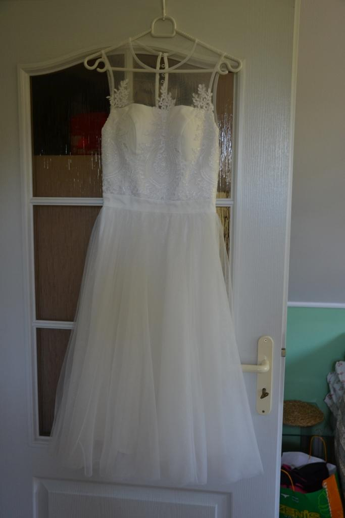 Nádherné šaty Chichi London s čipkou - Obrázok č. 1