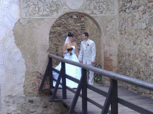 Byla to velká romantika procházet se sami po krásném hradě. Jako v pohádce.