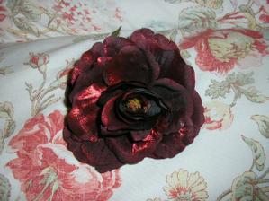 Ruža do vlasov, už je doma :-).. tiež eBay