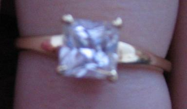 toto je môj snubný prstienok