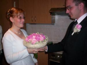 kytička nevěstě