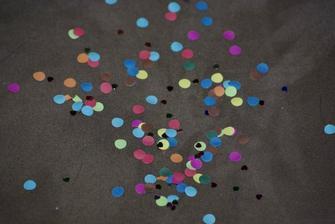 Hura konfety