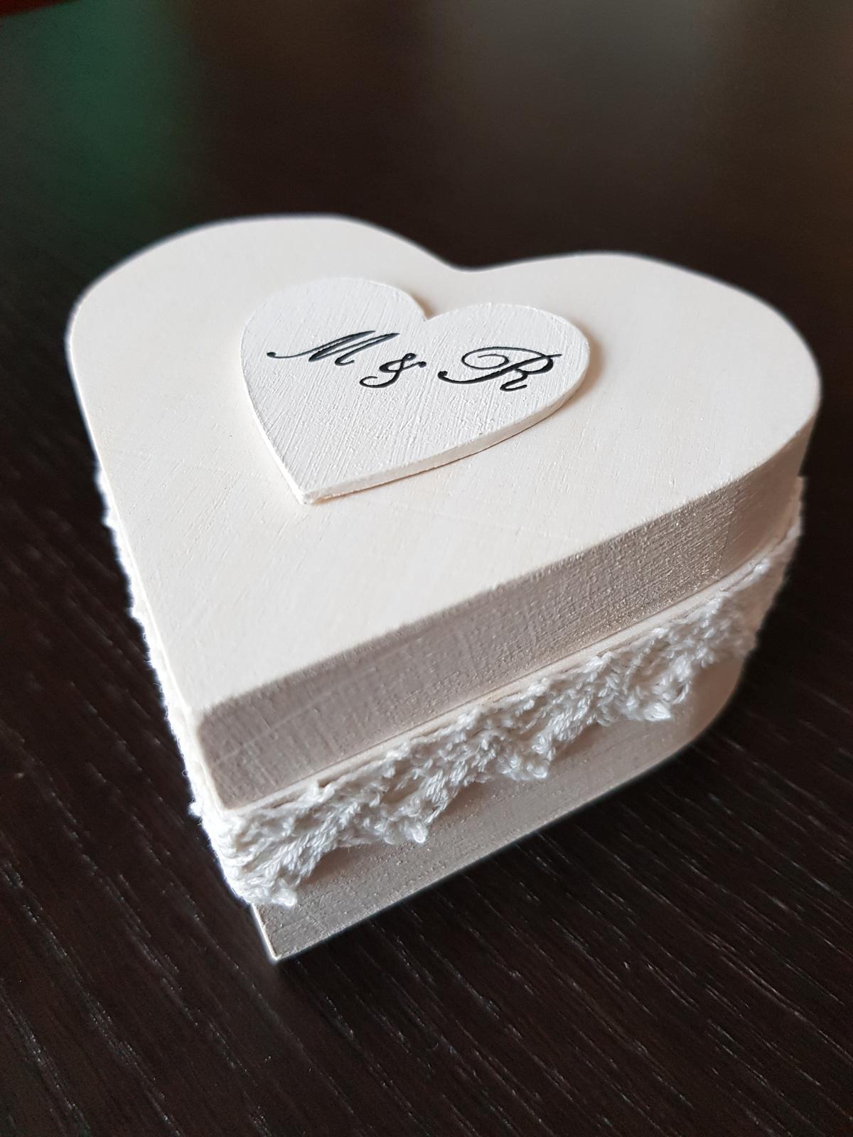 Krabička na obrúčky - Obrázok č. 1