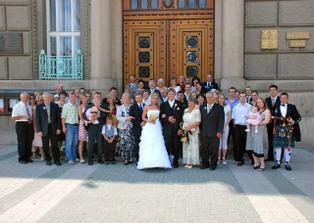 NE vsichni svatebcane...
