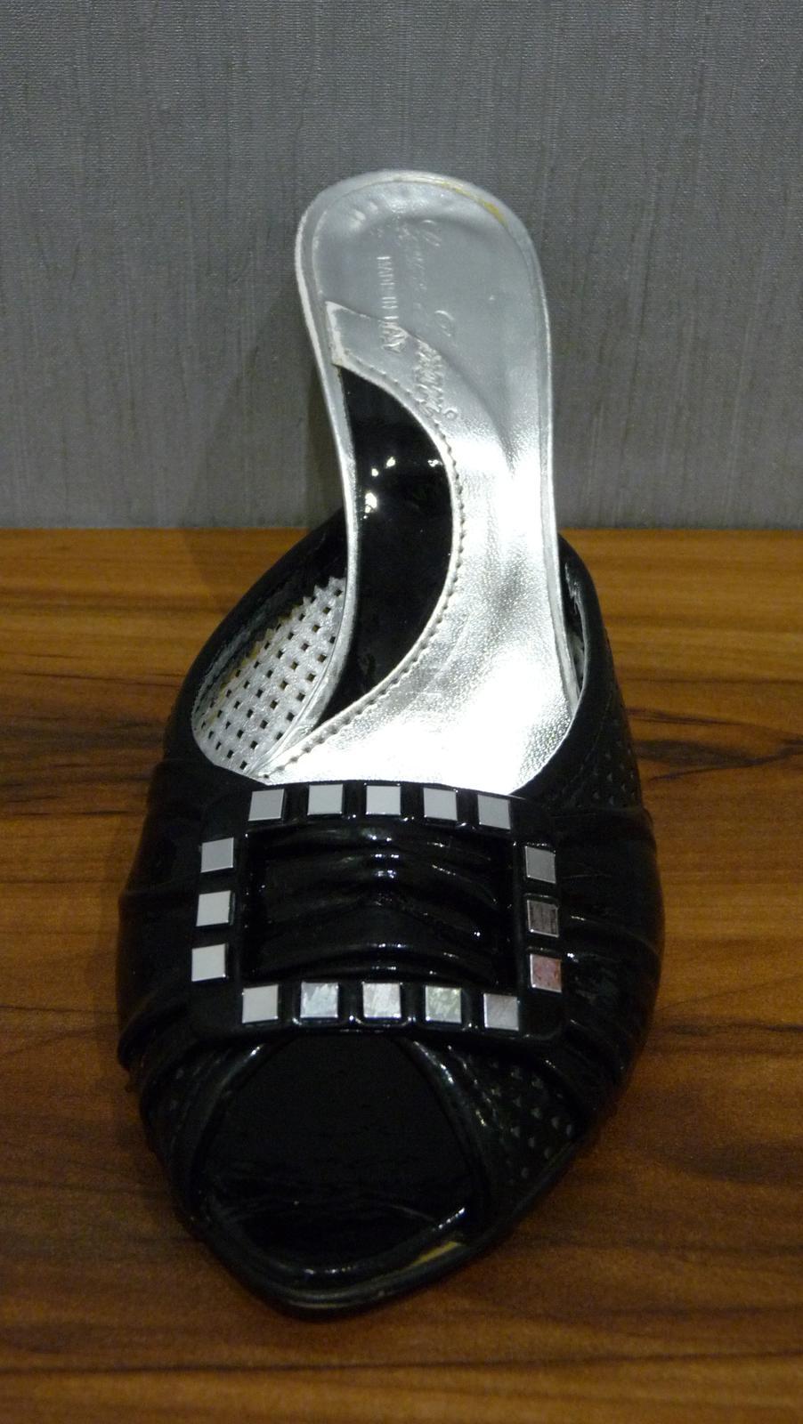 Čierne/strieborné sandále - Obrázok č. 1