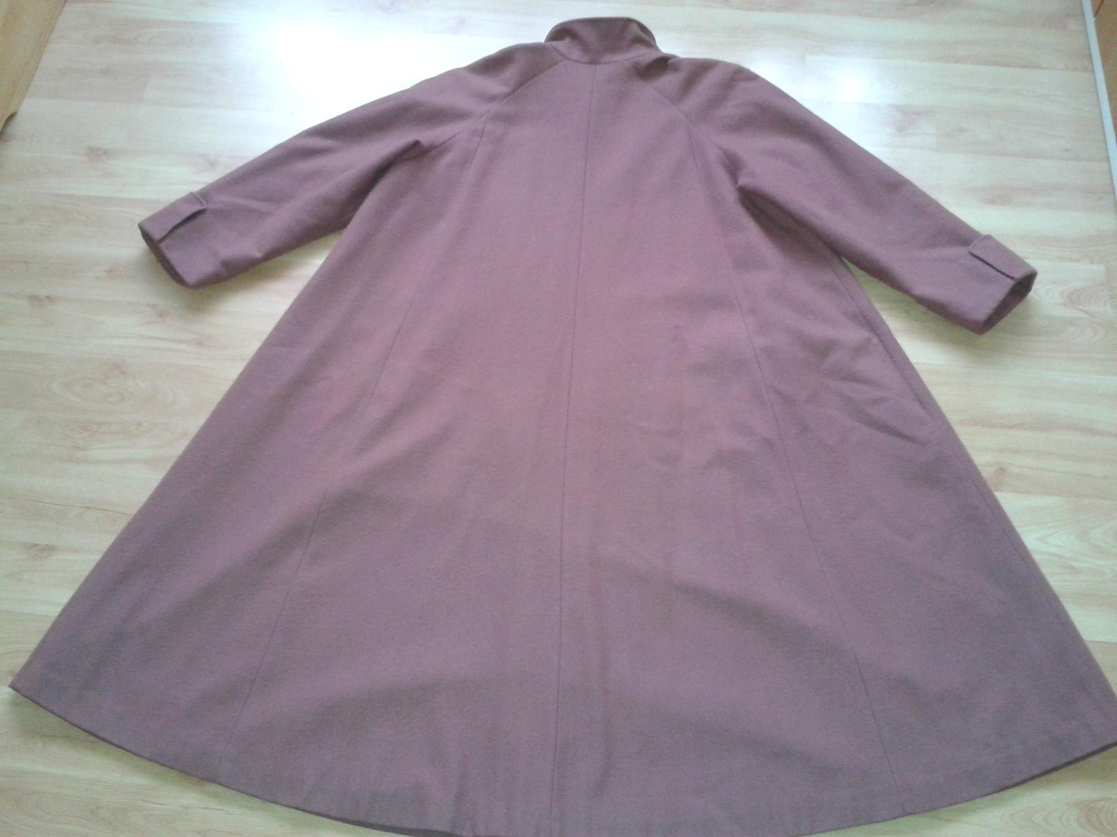 Dámsky balónový kabát - Obrázok č. 4